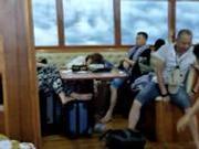 """普吉岛沉船前最后一刻 妻子对他说""""不要拉我"""""""