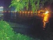 捉谣记|岷江大桥部分垮塌 官方:桥面有车惊险冲过系谣言