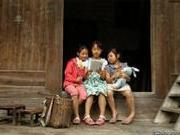 政协委员:留守儿童最大问题是缺乏亲情
