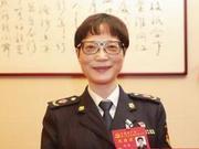 上海浦东新区市场监管局注册许可分局徐敏:让小窗口紧贴大市场