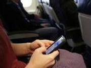 飞机上可以玩手机了 但扰民怎么办?