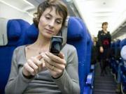 飞机上打电话有多远?科技日报:隔着一个行业利益