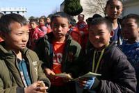 内蒙古:义务教育贫困学生5.1万多人次