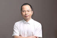 王暾:知识回报祖国 科技守护生命