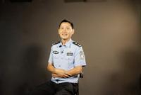 杨仕平:生活在稳定安全的环境中我感到幸福