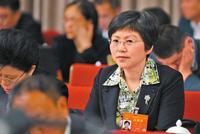 成都大熊猫繁育研究基地研究中心主任侯蓉:推进大熊猫国家公园立法 正做前期调研