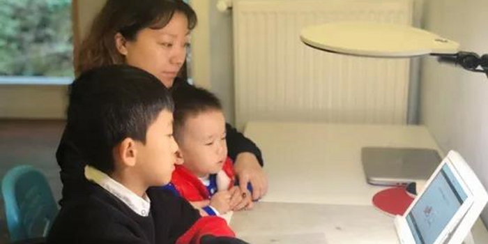 龙泉驿区实验小学校:爱在课堂  乐在成长之家校篇