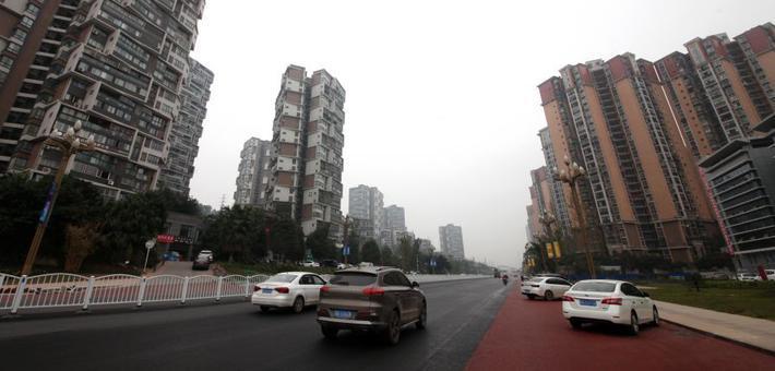 宜宾临港大道升级改造工程已显雏形