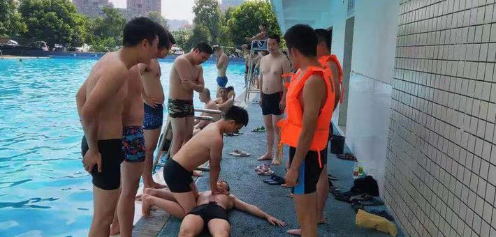 洪雅特警开展救生训练