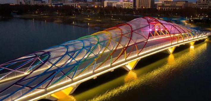 临港新片区景观灯光工程全面升级