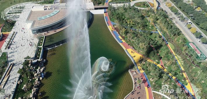 俯瞰太原金桥公园秋日风景