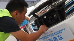 电动汽车维修职业技能竞赛:高手过招 百里挑一
