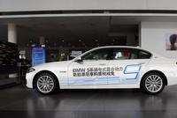 相同价格下买豪车:插电混动和传统燃油车选谁?