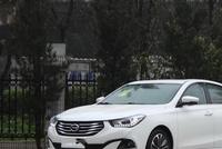 配置比轩逸丰富, 颜值不输思域, 10.28万国产最省心的中级车