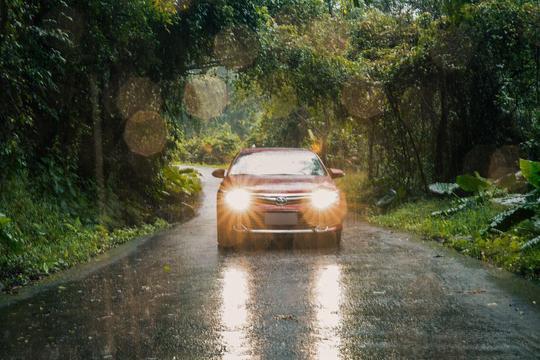 凯美瑞双擎探城记——雨中野趣游