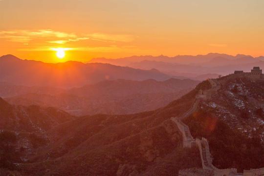 冬日长城自驾 夕阳中感悟金山岭的真谛