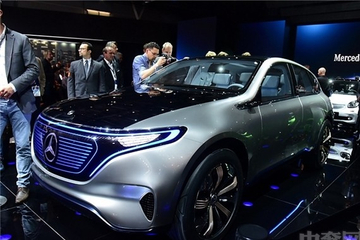 奔驰最新款纯电动SUV 最
