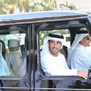 迪拜太子爷,2亿的超跑也没兴趣,如今玩上18轴飞行出租车图片