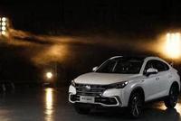 长安造车有进步,比宝马X6还酷,双边四排气,网友:要火遍全国