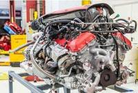 V12发动机最后的绝唱,有钱就快点买了,以后会永远没有