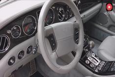 2000款宾利雅致,历经17年沧桑,坐进车内才知道一千万花的有多值