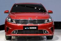再推新款车系登场,高配价低是个亮点,11万售价油耗才5毛!