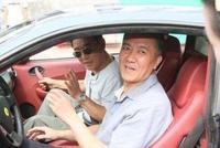 """扮演""""李云龙""""家喻户晓,座驾仅是15万的低端车"""