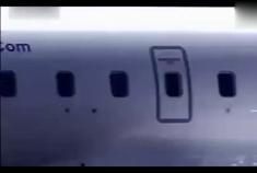 动力惊人,路虎神行者2轻松拖着飞机遛弯