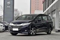 一款大7座的MPV目前它的价格只要22万元已经可以提车了