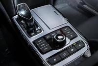 """戏称韩系里的""""奔驰S级""""车长超5米4的大型车,空气悬挂仅73万"""
