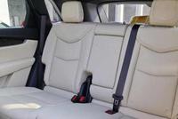 这款豪华中型SUV, 销量直逼奔驰GLC, 外观霸气, 动力充沛!