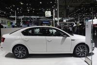 这车10万起还有优惠, 全景天窗动力带T, 5.9个油超实用!