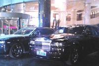 贵州大妈开400万豪车住酒店, 保安看到车牌立刻敬礼