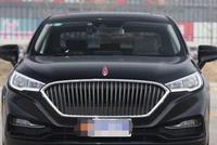 开出去比任何车都有排面,中国第一家自主汽车生产商,红旗H5