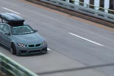 宽体宝马BMW M4背包客,喜欢这种风格吗?