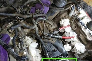 27万公里的奥迪V6发动机漏水,师傅抱怨:别再让我修老奥迪了!
