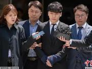 """""""韩剧""""反转?韩国法院驳回对艺人李胜利逮捕令"""