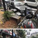 杭州一轎車撞護欄 橫穿馬路的大媽被判承擔主責