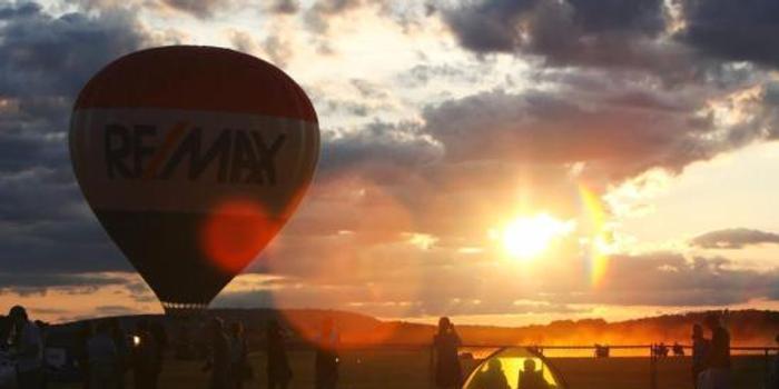 埃及热气球遇强风被吹至沙漠 乘客包括4名中国人