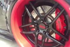 汽车视频:奔驰GLA玩低趴,就一个字帅!