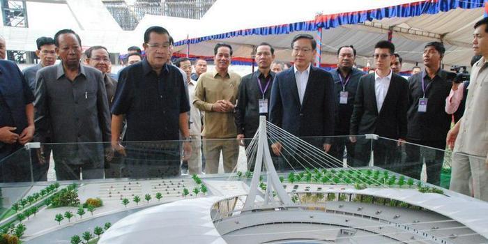 允许中国在柬埔寨境内建军事基地?洪森回应