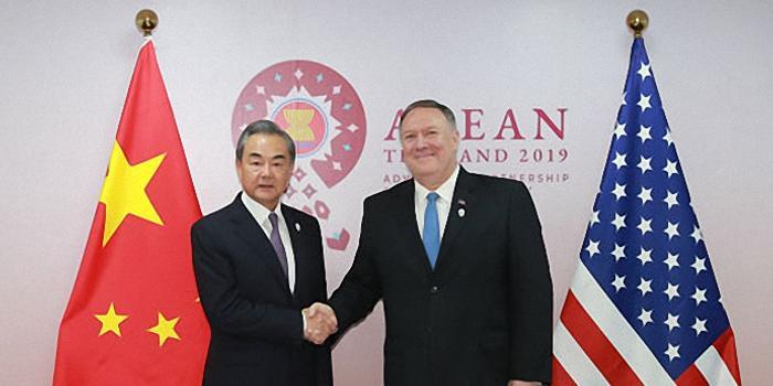 中美外長曼谷握手 專家:展現中方負責態度