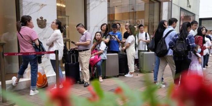 香港零售業銷貨值下跌 珠寶首飾名貴禮品跌幅最大