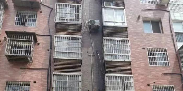 湖南寧鄉發生殺人縱火案:鄰居稱嫌犯曾住死者家中