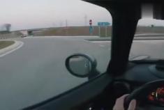 第一视觉,德国高速上一台暴躁的宝马MINI。