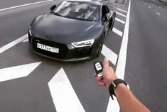 汽车视频:奥迪R8 纠正跑车正确驾驶方式