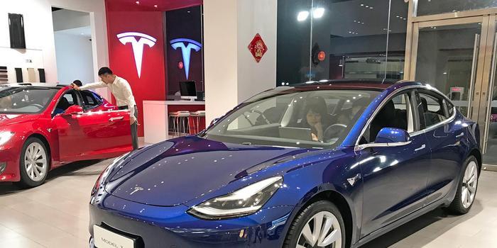 特斯拉Model S著火 曾因臺風暴雨嚴重泡水