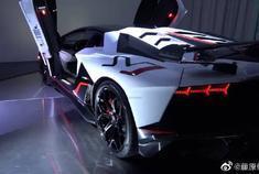 【兰博基尼】 兰博基尼Aventador SVJ 除了贵,没有缺点