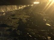 汶川强降雨引发泥石流 事发当晚河道涨水漫过桥面