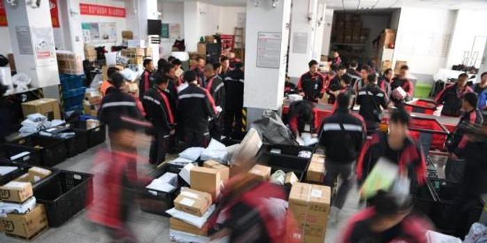中国国家邮政局局长提出加快中国快递业